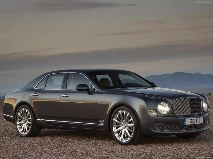 mua-ban-o-to-ha-noi-bentley-mulsanne-mulliner